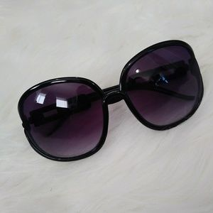 Women's Large Lens Sunglasses